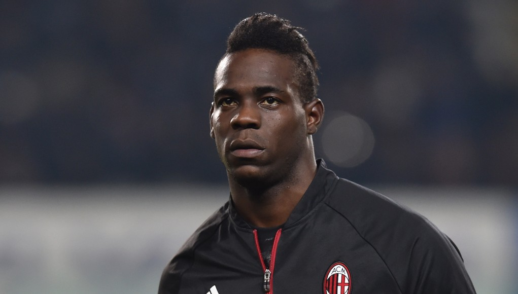 Balotelli looks on ahead of the cup match against Alessandria. | Valerio Pennicino/Getty Images