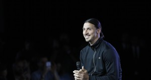 Ibra keeps us waiting again | Francois Guillot/AFP/Getty Images