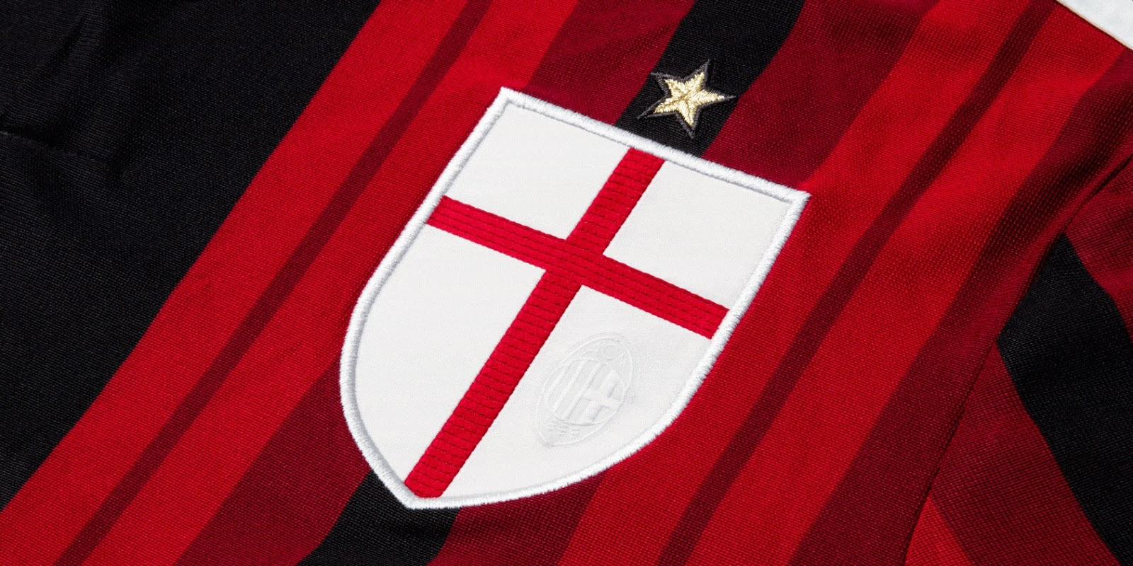 Milan Fact Is Ac Milan S Red Cross Logo From England