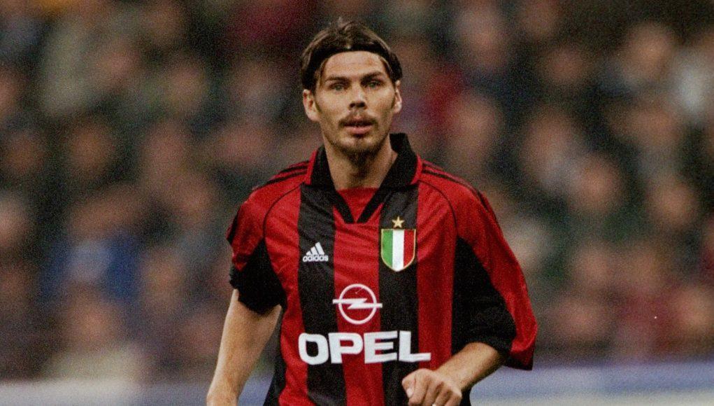 23 Oct 1999: Zvonimir Boban of AC Milan during the Serie A match against Inter Milan at the San Siro in Milan, Italy. Mandatory Credit: Claudio Villa /Allsport