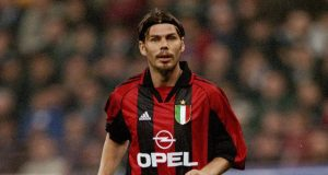 23 Oct 1999: Zvonimir Boban of AC Milan during the Serie A match against Inter Milan at the San Siro in Milan, Italy. Mandatory Credit: Claudio Villa /Allsport