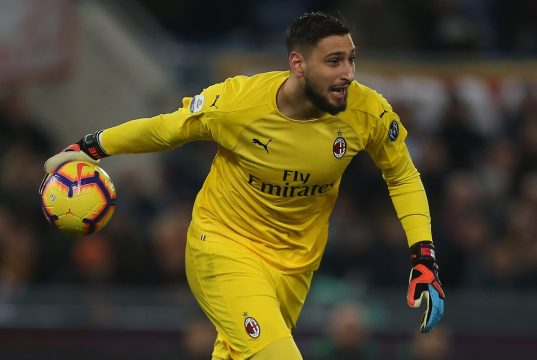 ROME, ITALY - FEBRUARY 03: AC Milan goalkeeper Gianluigi Donnarumma in action during the Serie A match between AS Roma and AC Milan at Stadio Olimpico on February 3, 2019 in Rome, Italy. (Photo by Paolo Bruno/Getty Images)