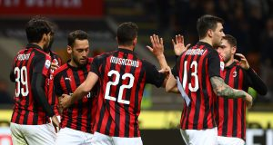 MILAN, ITALY - MARCH 02: Mateo Musacchio #22 of AC Milan celebrates with his team-mates after scoring the opening goal during the Serie A match between AC Milan and US Sassuolo at Stadio Giuseppe Meazza on March 2, 2019 in Milan, Italy. (Photo by Marco Luzzani/Getty Images)