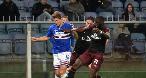 GENOA, ITALY - MARCH 30: Dennis Praet of UC Sampdoria and Tiemoue Bakayoko of AC Milan during the Serie A match between UC Sampdoria and AC Milan at Stadio Luigi Ferraris on March 30, 2019 in Genoa, Italy. (Photo by Paolo Rattini/Getty Images)