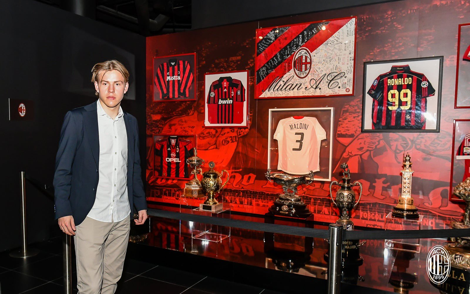 Gallery: All the best photos from Jens Petter Hauge's first day as a Milan  player