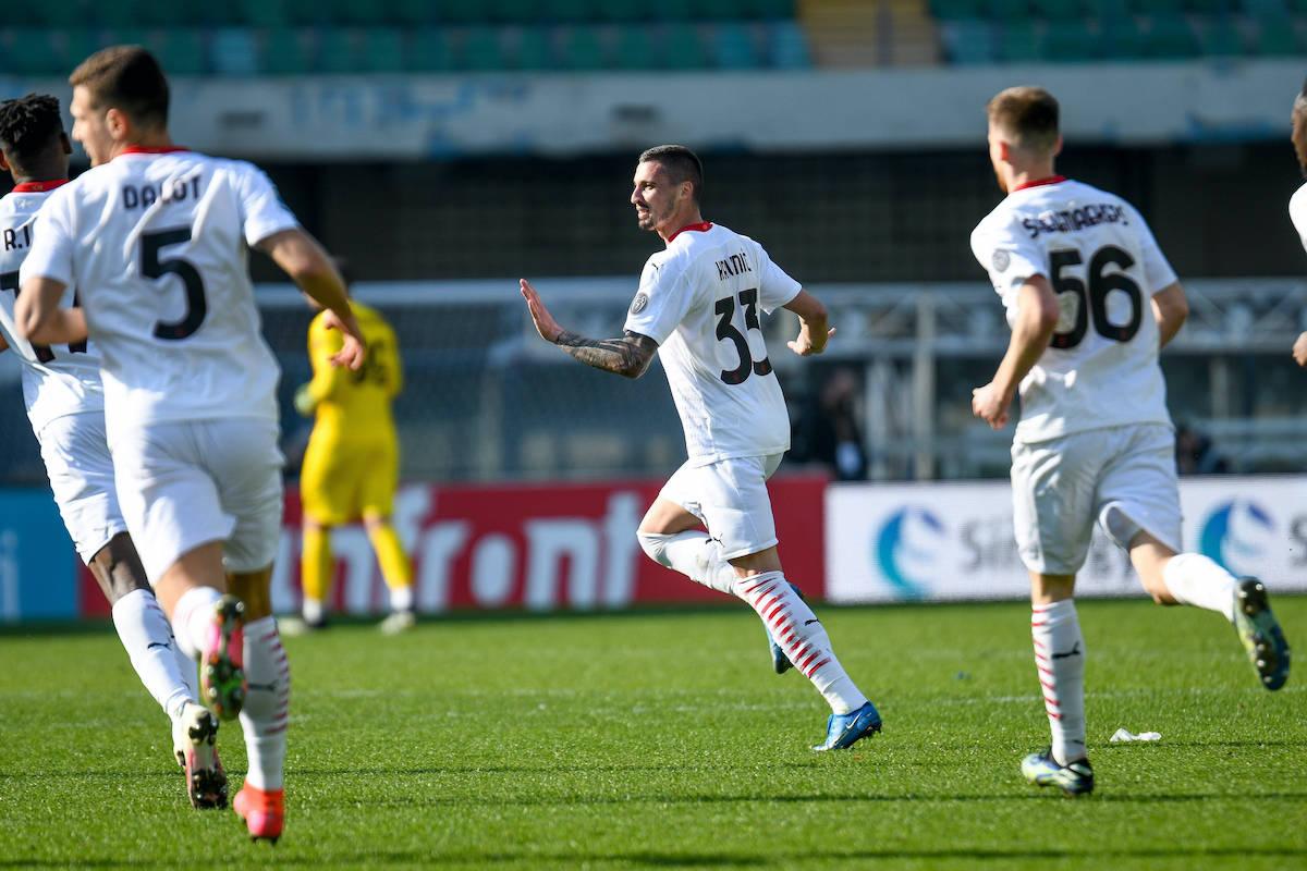 Krunic ghi bàn mở tỷ số cho Milan