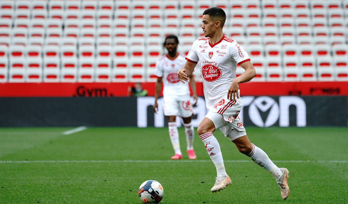 Report: Brest midfielder picks Milan over Bundesliga duo – terms agreed until 2025 - SempreMilan